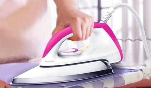 Jenis Setrika Uap yang Umum Digunakan Dalam Bisnis Laundry